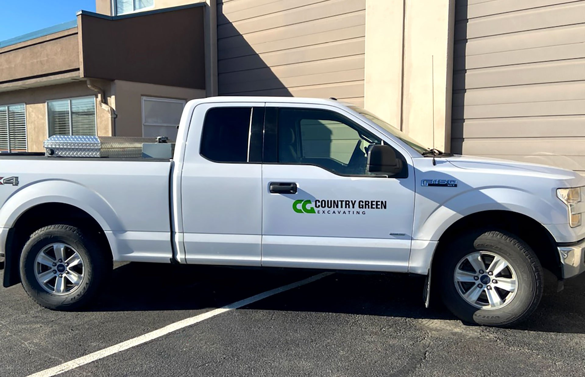Country-Green-Excavating-Vehicle-Decal-Truck 2